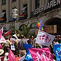 [enquête photo] le dirigeant néo-nazi karl richter avec la #manifpourtous à munich
