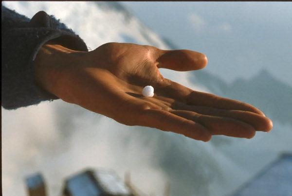Un bout de montagne dans le creux d'une main_b