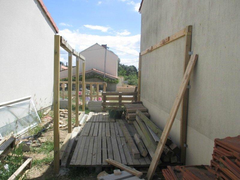 Construction D Une Cabane De Jardin En Recup Cocci Bourrachette