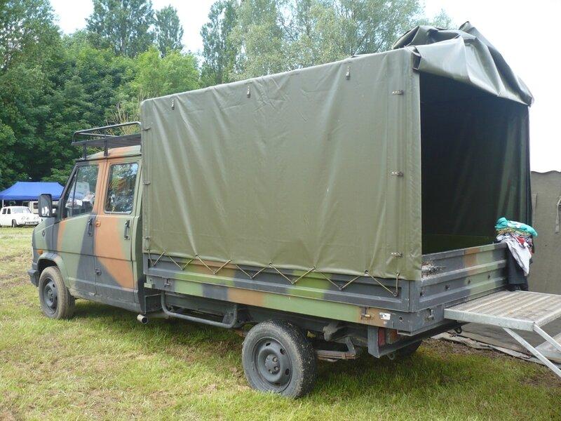 PEUGEOT J5 double cabine plateau à ridelles baché militaire Madine (2)
