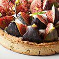 Tarte aux figues sur fond de pate sablée à la pistache