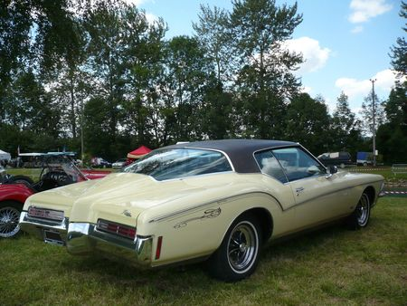 BUICK Riviera Boat-tail hardtop coupé 1971 Ohnenheim (2)