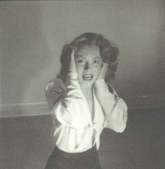 1949-05-09-LIFE_sitting-by_halsman-02-emotion-01-monster-020-1