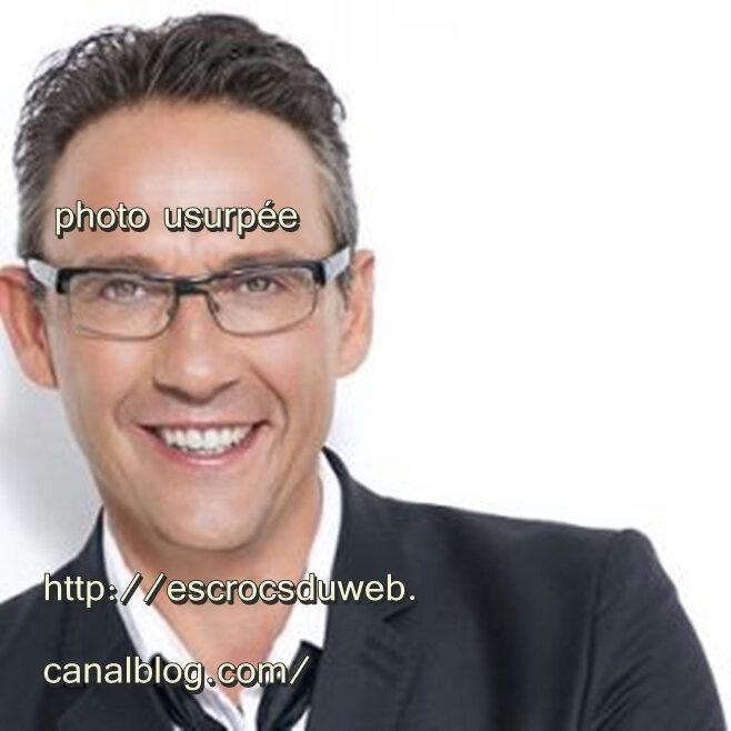 Julien COURBET -journaliste , usurpé