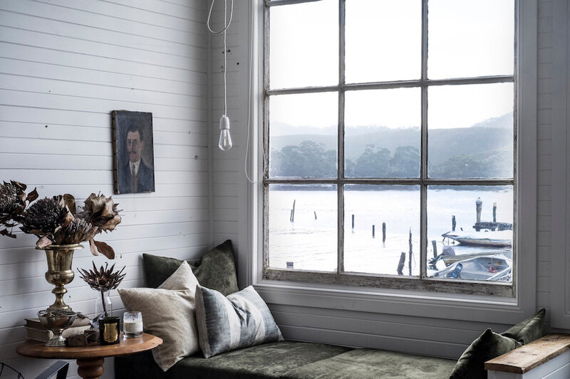 Cozy cottage on the Tasmanian coast photos by Sarah Andrews