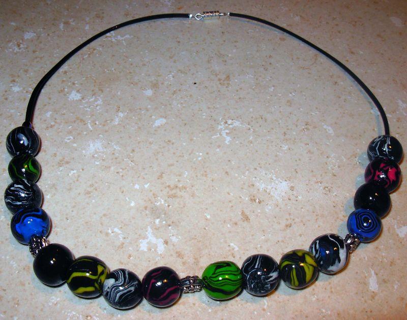 collier boules marbré toutes couleurs