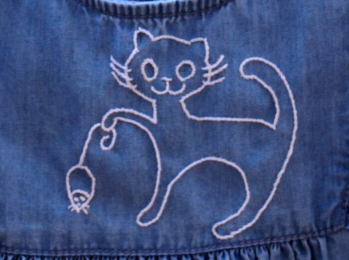 18-08-19--broderie chat--A700