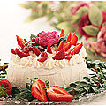 Gateau chocolat fraises, framboises et chantilly.....