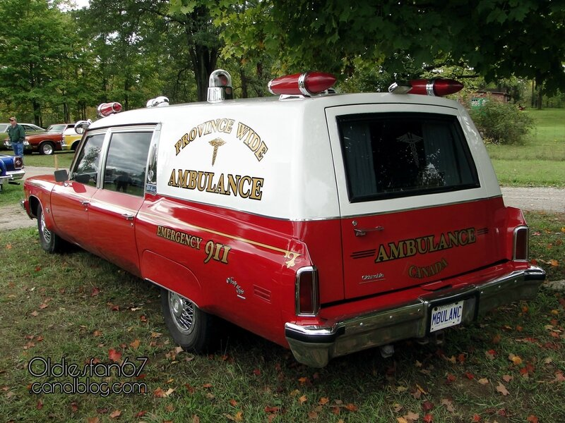 oldsmobile-98-ambulance-1974-b