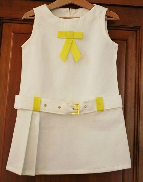 Patron largement modifié de la robe A du livre 111