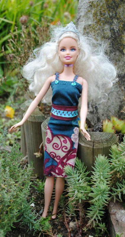 robe_barbie2