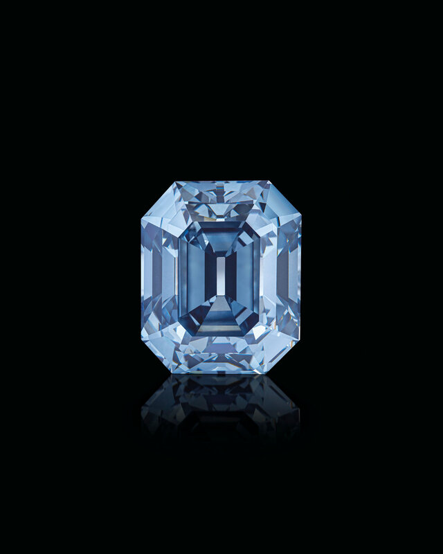 2019_GNV_17436_0246_006(exceptional_coloured_diamond_and_diamond_ring_moussaieff)
