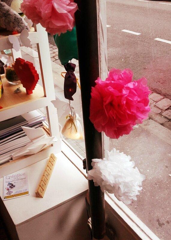 pompons-papier-soie-boutique-creative-nantes