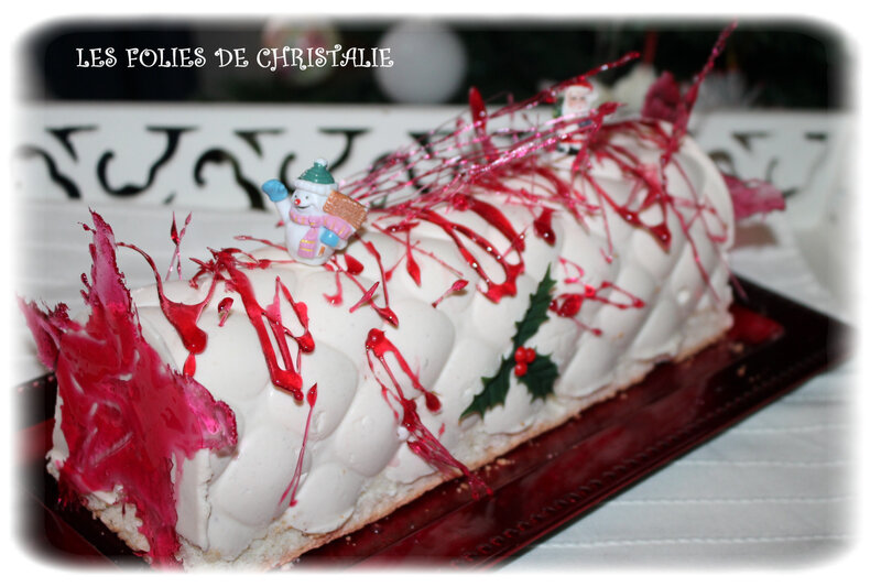 Bûche chocolat blanc fraise 19