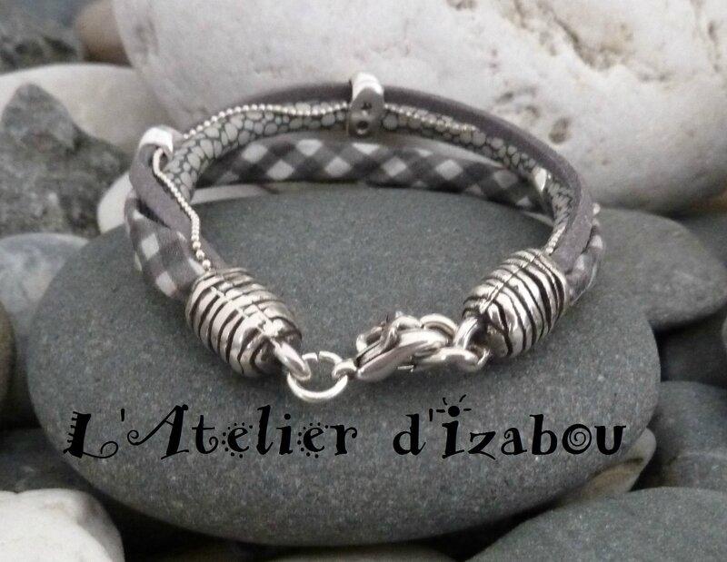 P1160135 -1 Bracelet femme multimatières liberty vichy, cuir serpent gris, daim gris, chaine boule et fermoir réglable