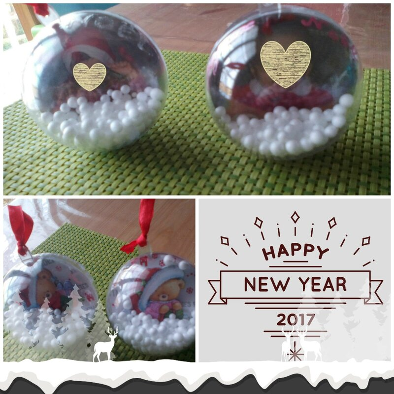collage BOULES NOEL