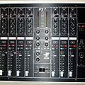DJ 7 noire modèle unique