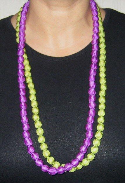 Sautoir double-rang en tissu vert et violet