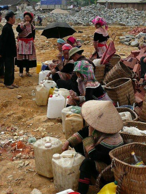 Alcool de riz et de mais, Marche de Bac Ha