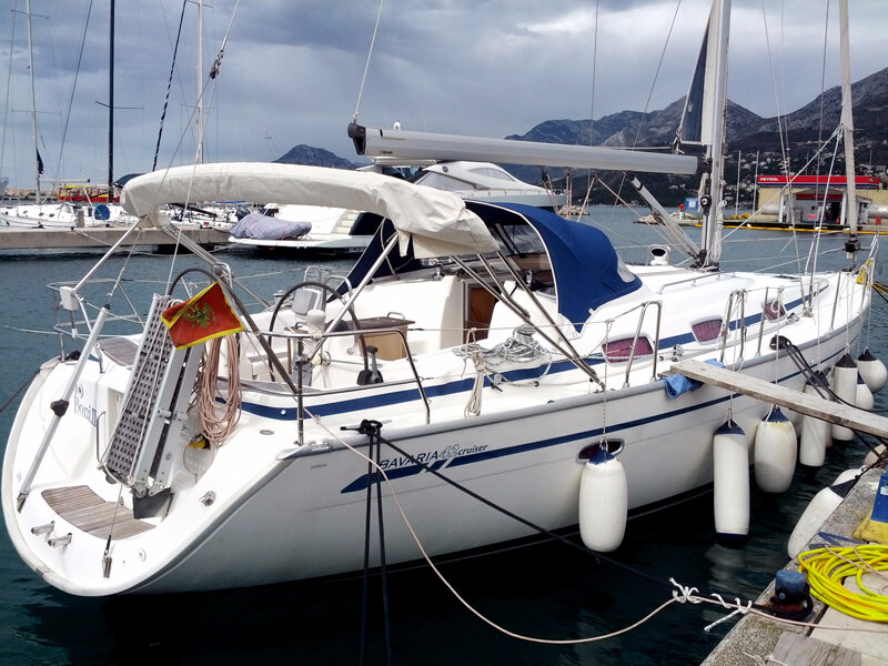 01-bavaria-42-cruiser-for-sale-in-montenegro