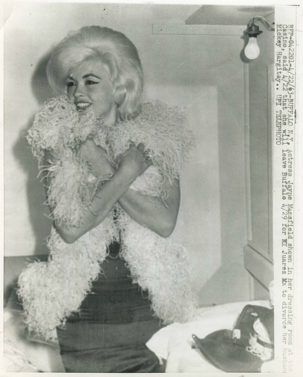 jayne-1963-04-22-buffalo-casino