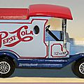 Y-12 Ford Model T Pepsi-Cola (bleu-blanc-rouge) A 2
