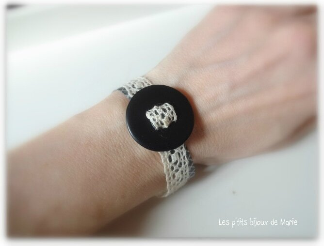 Bracelet bouton dentelle 2