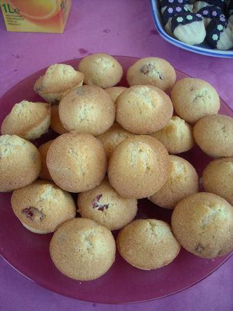 mini_cakes_cranberries