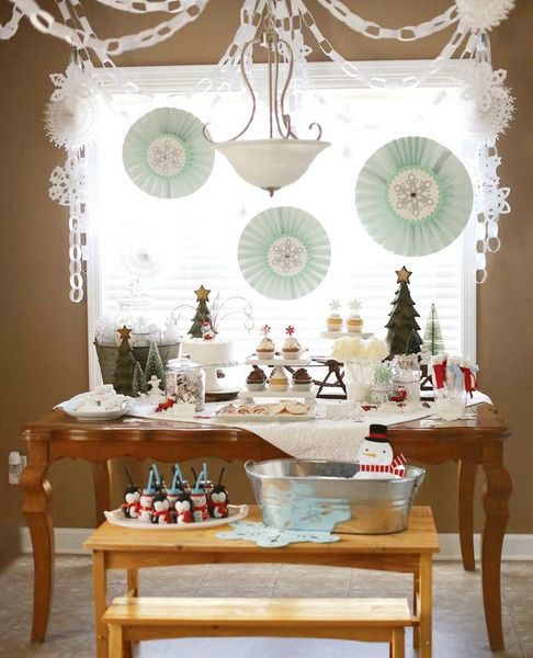 winter-wonderland-dessert-table