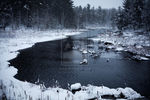 water_and_ice_by_Rohwen