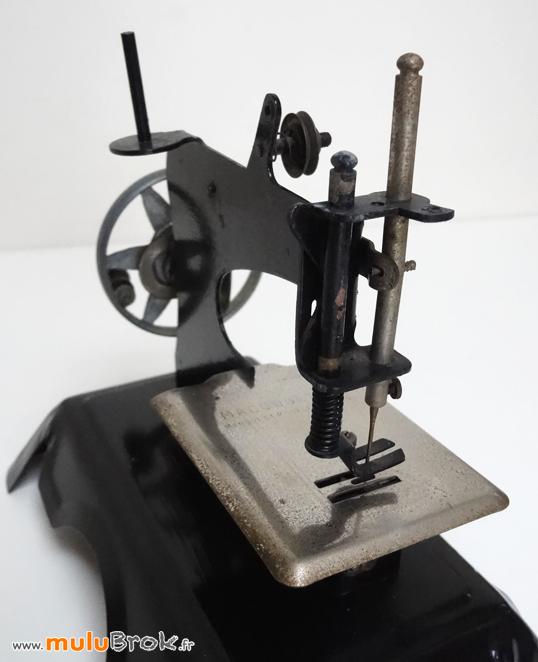 MACHINE-A-COUDRE-MA-COUSETTE-7-muluBrok-Vintage