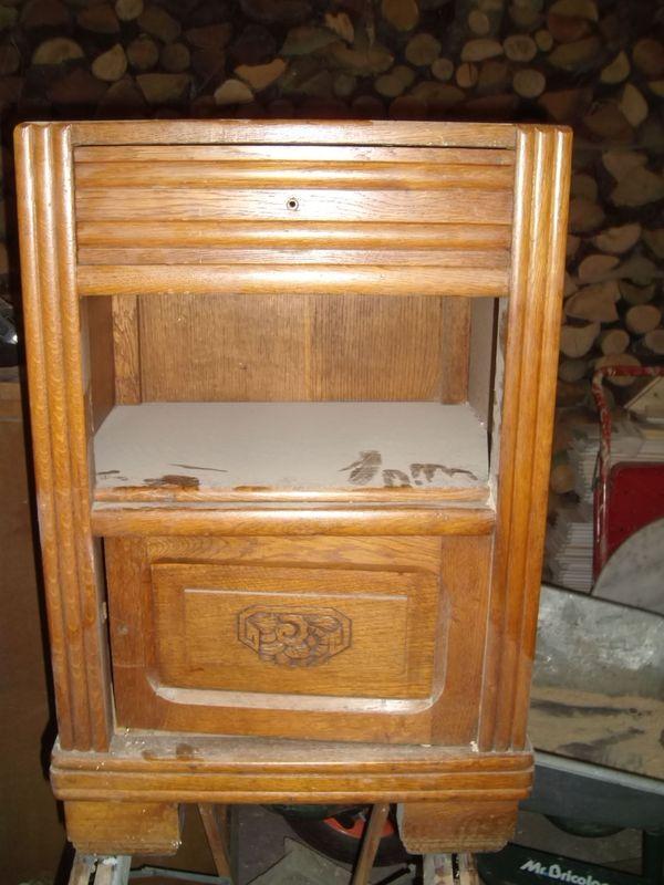 table de chevet avec marbre la d co de g g. Black Bedroom Furniture Sets. Home Design Ideas