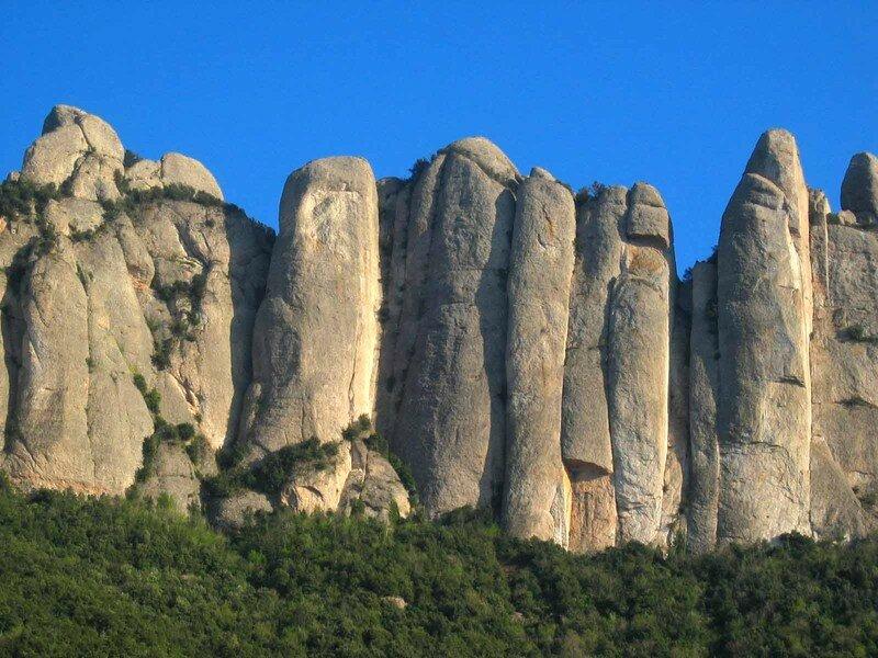 Montserrat_Falaises