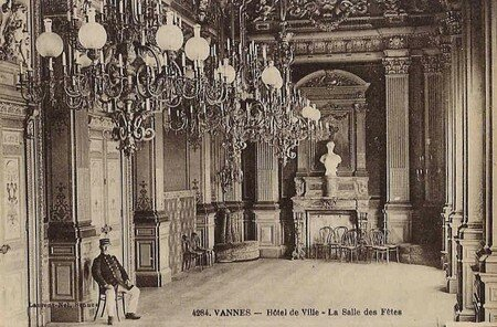 4284____L_Hotel_de_ville___La_salle_des_f_tes