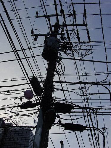 Canalblog Poteaux Electriques10