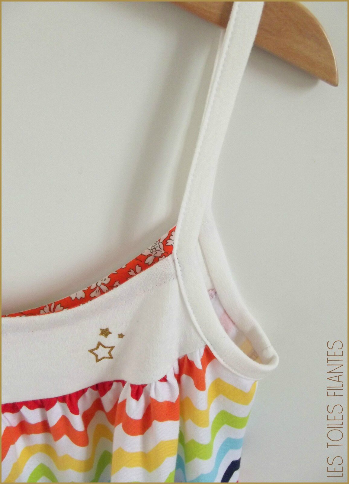 Robe Burda chevrons multicolores3