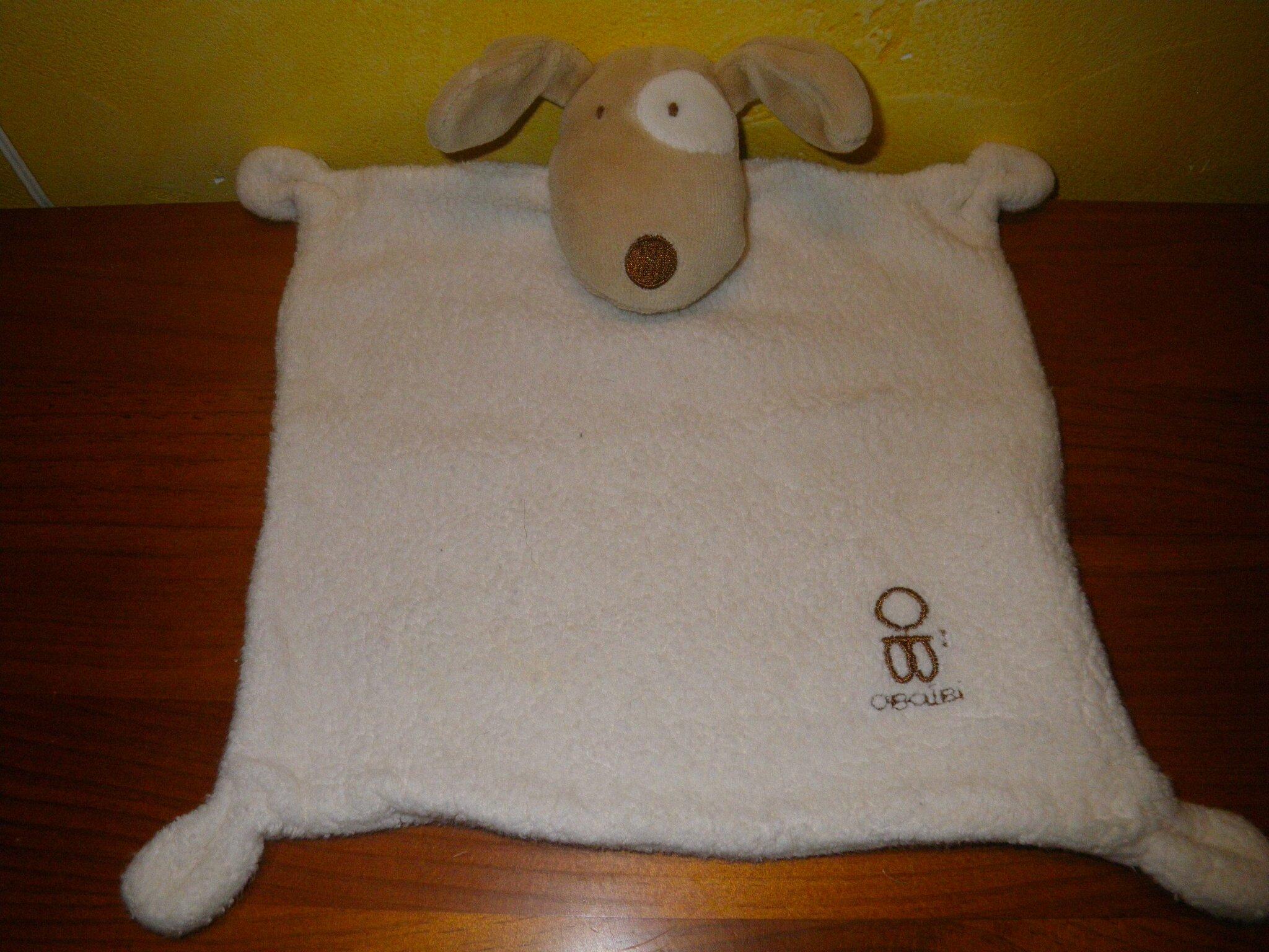 chien marque Obaïbi (de chez Okaïdi), doudou plat