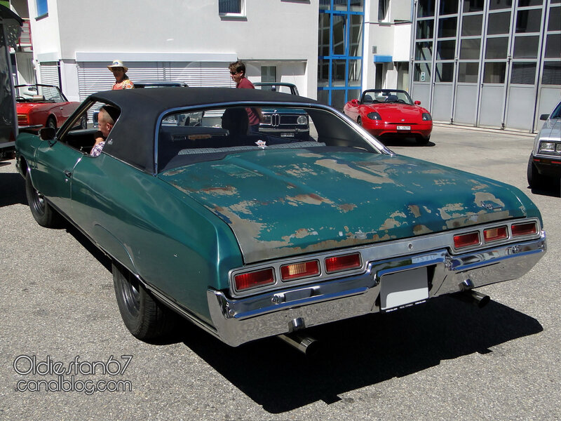 chevrolet-caprice-custom-coupe-1971-02
