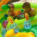 2008 06 Meo et Oscar piscine