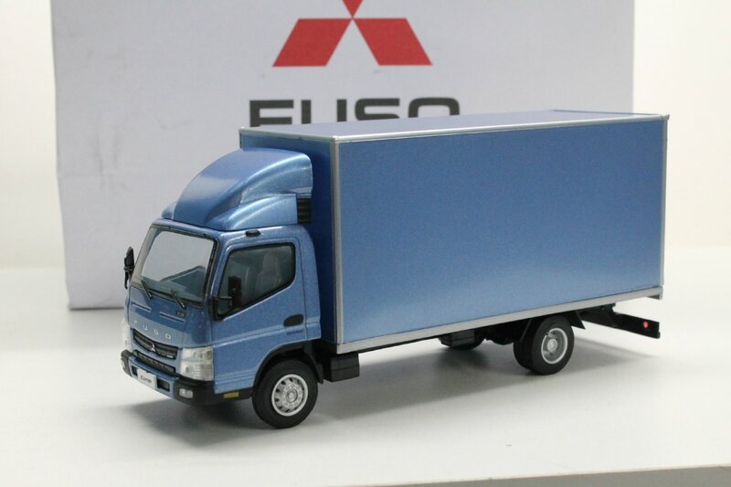 Fuso Canter 7C18 (2)