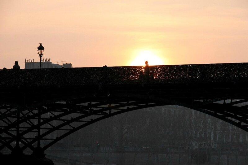 14-Pont des arts, Quai de Seine, coucher de soleil_2373