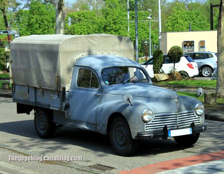 Peugeot 203 pick-up baché (Retrorencard mai 2013) 01