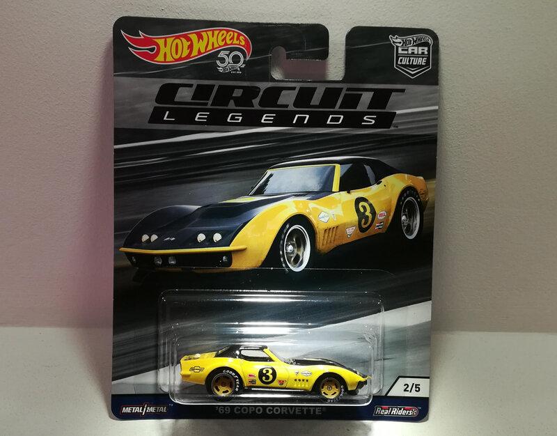 Chevrolet Corvette Copo de 1969 (Hotwheels) (2)