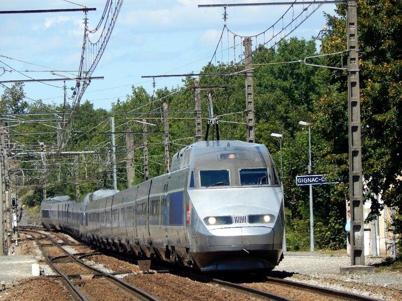 2014-08-21 13h54 Gignac-C 29393 Bourges 0925 Lourdes 1749 (TGV-A 400+373)