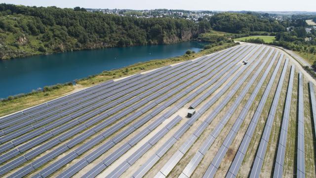 en-images-decouvrez-la-centrale-photovoltaique-de-baud-que-le-ministre-de-rugy-inaugurera-lundi