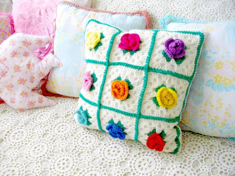 coussin-granny-fleur-crochet-flower-power-vintage
