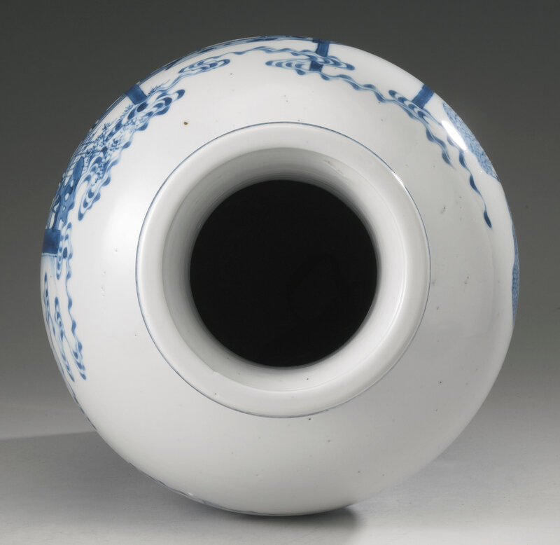A blue and white 'Four accomplishments' baluster vase, Qing dynasty, Kangxi period (1662-1722)4