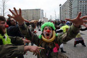 L300xH200_clowns-f5c89