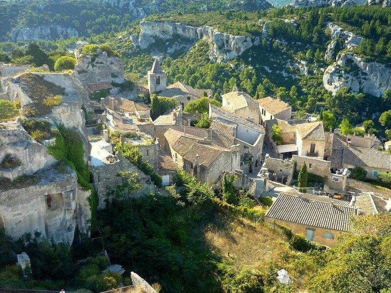 ob_23c06f_vue-sur-le-village-des-baux-de-provenc
