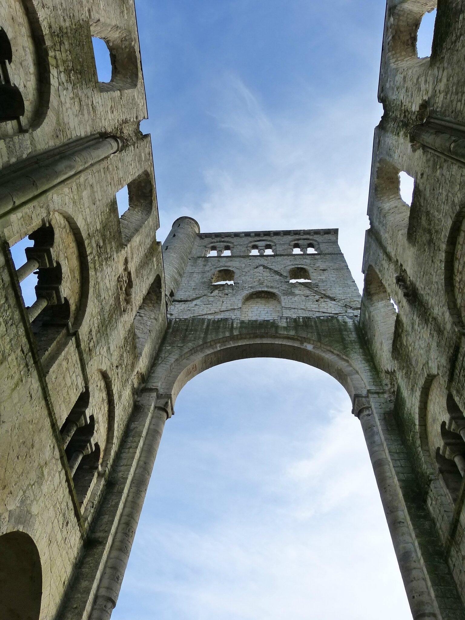 7940750cf4ecda Abbaye de Jumièges, la plus belle ruine de France - Bigmammy en ligne